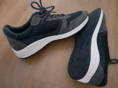 Sportowe 39 Buty sportowe Wojas 904 A MON adidasy do biegania