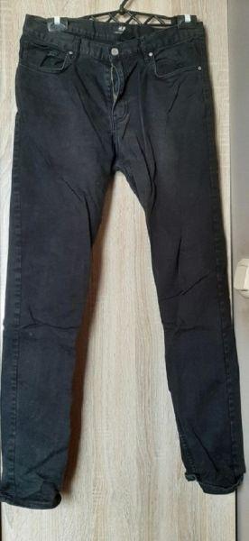 Spodnie H&M spodnie czarne jeansy męskie slim fit 30