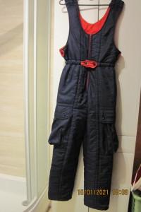 Fajne spodnie zimowe z kieszeniami