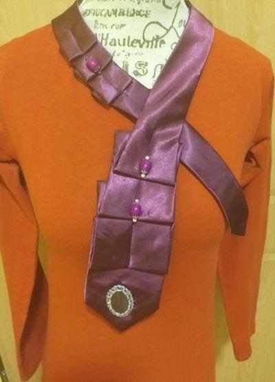Naszyjniki Naszyjnik kołnierzyk z krawata
