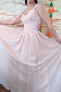 Śliczna weselna suknia firmy Angelina Faccenda...