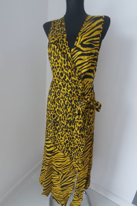 Sukienka w zwierzęce wzory...
