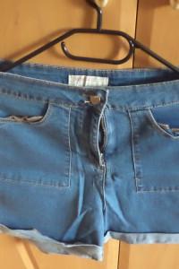 Szorty spodenki jeans kieszenie na suwak...