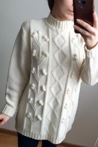Kremowy sweter z wełną rozmiar S M