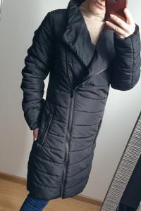 Czarny pikowany płaszcz Carry kurtka rozmiar XS