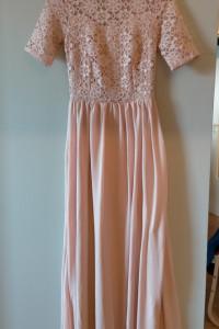 Piekna sukienka maxi różowa 36