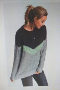 Sweterek z kolekcji Bonprix...