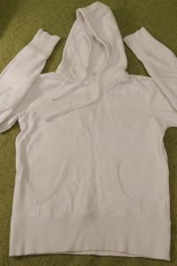 Marvin piękna biała bluza kangurka z kapturem M