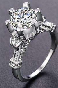 Nowy pierścionek srebrny kolor posrebrzany wielka cyrkonia ozdo...