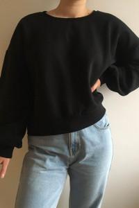Czarna bluza...