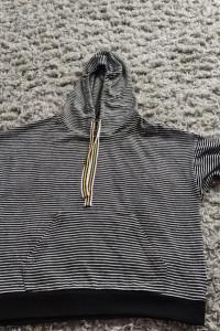 Bluza sweterkowa z kapturem