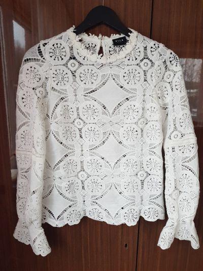 Bluzki Biała bluzka ażurowa vila koronkowa hafty długi rękaw XS