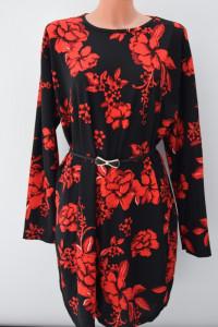 Sukienka w kwiaty 4xl