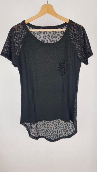 Bluzki Koszulka z przeźroczystym tyłem panterka M