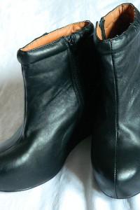 Jeffrey Campbell czarne botki z ukrytym koturnem r40