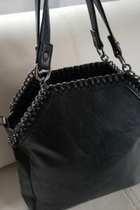 Śliczna nowa torebka czarna łańcuszek...