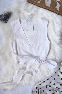 Crop top bluzka Zara S 36 biała z wiązaniem...