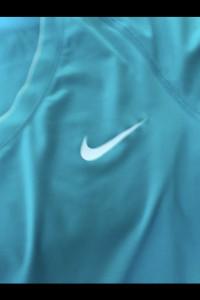 Nike koszulka sportowa na siłownie