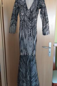 Sukienka syrenka w cekiny...