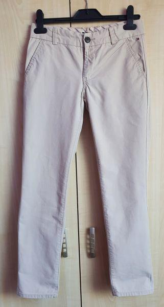 Spodnie i spodenki Spodnie chłopięce chinos Tommy Hilfiger 152