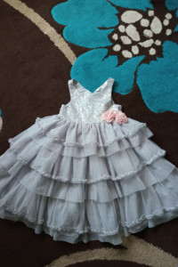 Sukienka tiul z cekinami 98 H&M...