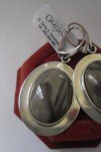 Nowe srebrne artystyczne duże masywne kolczyki z krzemieniem pa...
