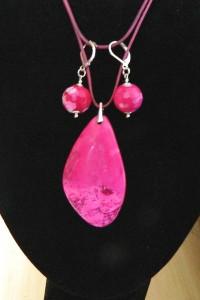 Różowy agat crazy i srebro zestaw biżuterii wisior i kolczyki...