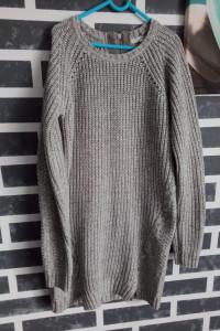 Dłuższy sweterek