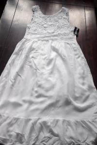 Biała sukienka nowa z metką