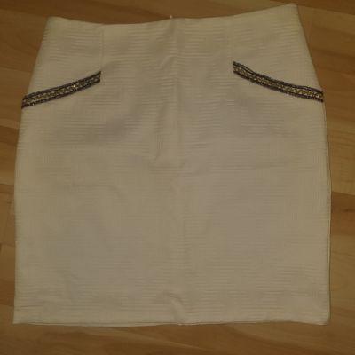 Spódnice Spódnica kremowa ołówkowa Osray XL