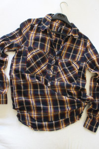 koszula w kratę z lejącej bawełny s