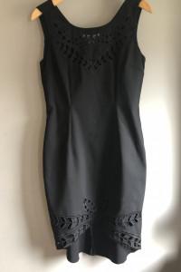 Mała czarna sukienka Tiffi...