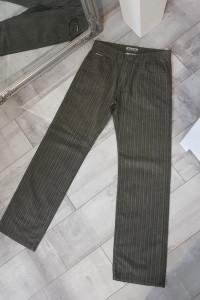 Męskie spodnie khaki...