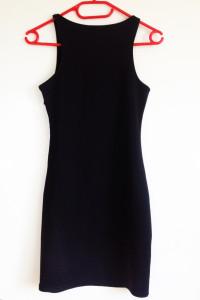 Sinsay czarna sukienka xs s 34 36 na zamek zip prosta dopasowana bez dekoltu