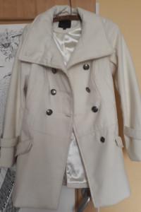 Wiosenno zimowy kremowy płaszczyk elegancki 34