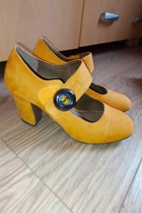 Nowe buty Jennifer 36...