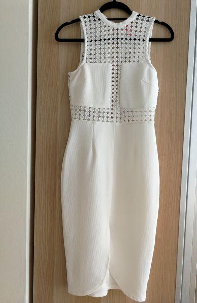 Suknie i sukienki Biała kobieca elegancka sukienka midi