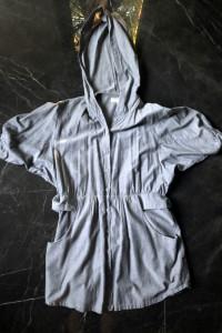 CAPRI Collection narzutka płaszczyk szara rozm M 38 stan BDB...