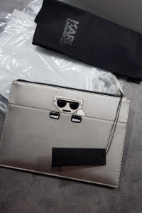 Oryginalna kopertówka Karl Lagerfeld...