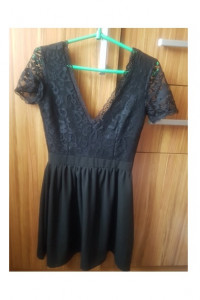 Sukienka czarna koronkowa S