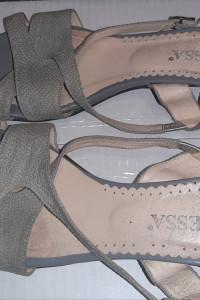 Letnie sandały