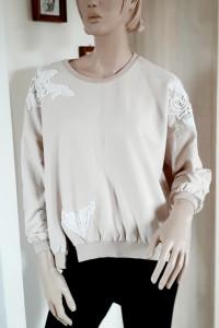 Beżowa bluza oversize