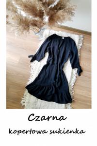Śliczna sukienka z falbaną kopertowy dekolt XS S mała czarna na...