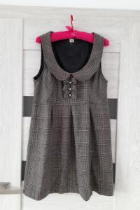 Beżowa sukienka w kratkę