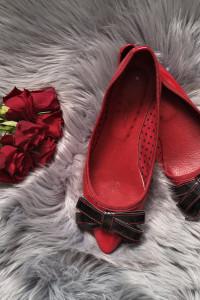 czerwone baleriny Promod...