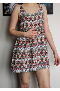 Kolorowa sukienka aztec HM...
