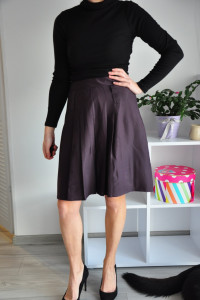Fioletowa spódnica