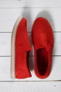 Czerwone espadryle