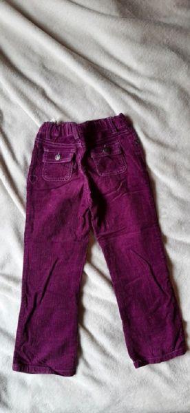 Spodnie i spodenki Sztruksy fioletowe r 98 104