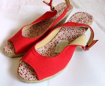 Sandały Czerwone sandały na koturnach espadryle 39 i 25cm